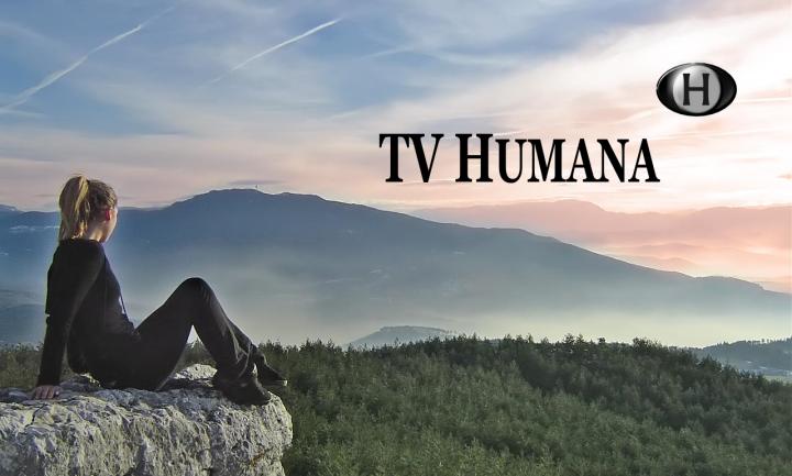TV Humana - Girl at the mountain