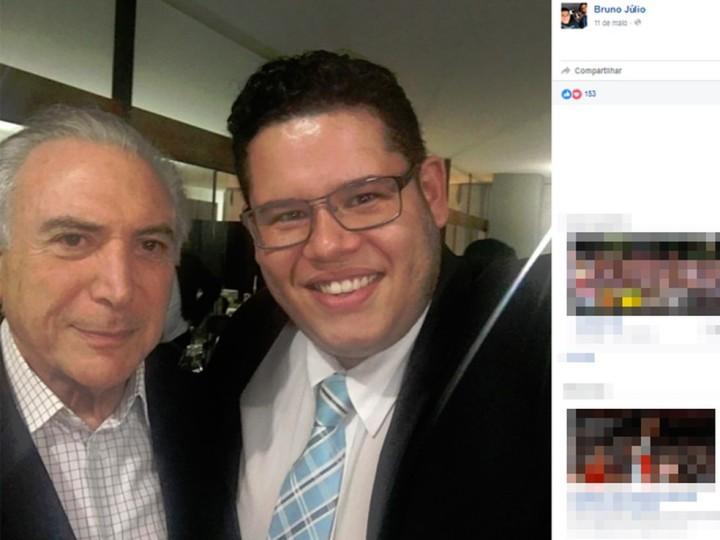 o-ex-secretario-da-juventude-bruno-julio-ao-lado-de-michel-temer-foto-reproducao-facebook