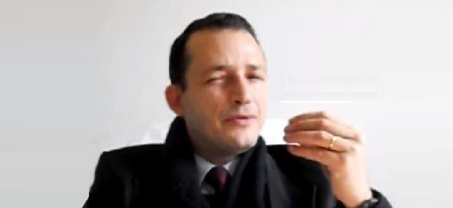 6 - Paul-Sampaio - Durante gravação para programa de TV - Foto 2